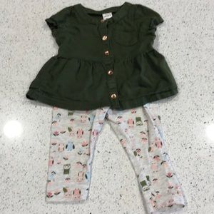 2/$10 9 month Carters owl outfit